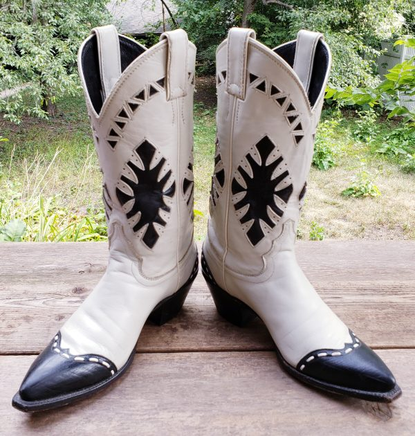 Justin White Cowboy Boots Vintage US Made Navy Blu WIngtips Inlays MINT Women